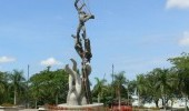 http://www.uff.travel/region/51/parque-los-fundadores-fuente-www-turismovillavicencio-gov-co-thumb.jpg