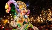 Desfile Mitos y Leyendas Fuente flickr com Usuario Guia de Viajes Oficial de Medellín1